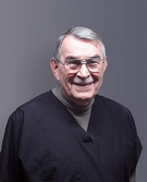Dr. Ron Conder headshot